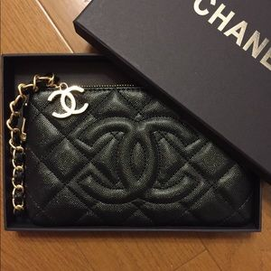 Chanel Novelty Hand Clutch / purse - Black